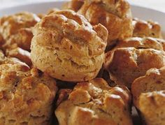 Pogácsa is a type of biscuit made from yeast-based dough that has many variations. Potato (krumplis pogácsa), cheese (sajtos pogácsa), cottage cheese (túrós pogácsa) and cracklings (tepertős pogácsa) are the most common types. Hungarian Cuisine, European Cuisine, Hungarian Recipes, Hungarian Food, Pork Recipes, Bread Recipes, Baking Recipes, Recipies, Bread Rolls