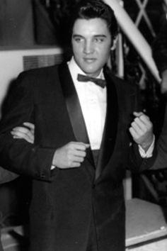 Elvis looking dashing...