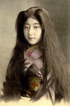 vintage everyday: Old Portraits of Maiko and Geisha with Their ...