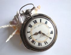 In Quality Womans 18k Gold Locket Form Swiss Pendant Watch Ca1940s Superior