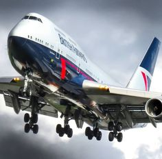 A few varied photos that I like Plane Photos, Aircraft Photos, Aviation World, Civil Aviation, British Airways 747, Nicolas Vanier, Boeing Aircraft, Boeing Planes, Airplane Photography