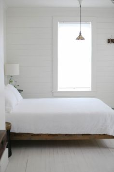 white bedroom | Foxf