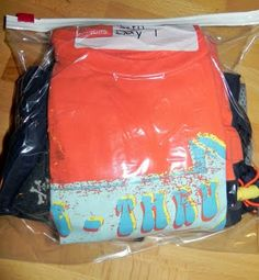 Genius--packing kids' outfits in baggies with days labels for trips!