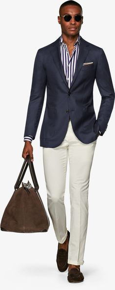 Suitsupply Jackets: We couldn't be more proud of our tailored jackets. Mens Clothing Guide, Blazer Outfits Men, Mens Fashion Shoes, Men's Fashion, Slim Fit Jackets, Smart Outfit, Mein Style, Business Outfit, Gentleman Style