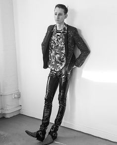 ARÓN VOL.8- PORTRAIT OF THE COLLECTIONS Tom Gaskin in Saint Laurent photographed by Nacho Pinedo and styled by Hugo Lavín -Post by Varón Team