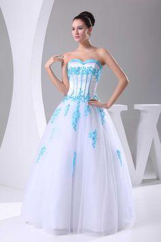 Not really wedding dressy. But cauteeeee