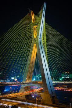 Octavio Frias de Oliveira Bridge, Sao Paulo