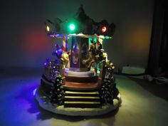 "St Nicholas Square  "" CHRISTMAS CAROUSEL "" New 2017"