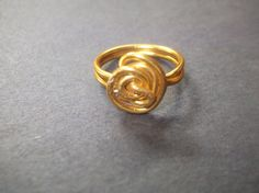 Golden++Wire+Spiral++Yellow+Rosette+Wire+Ring+size+7+by+Aquaiguana,+$10.00