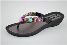 Grandco Rainbow Thong Sandals #hiddentreasuresdecorandmore