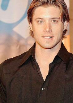 jensen ackles, oh my goodness, I've never seen him with longish hair before, it's beautiful