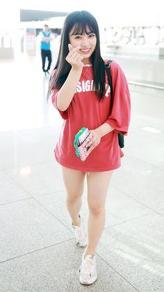 Diet Kpop Korean Ideas For 2019 Korean Fashion Kpop Bts, Korean Outfits Kpop, Kpop Outfits, Kpop Fashion, Fashion Outfits, Fashion Women, Yuri, Kpop Concert Outfit, Video K