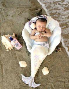 Shells on the beach - shes-like-texas: marchitecto: Little Mermaid So Cute Baby, Baby Kind, Cute Kids, Cute Babies, Baby Mermaid, The Little Mermaid, Mermaid Princess, Siren Mermaid, Mermaid Beach