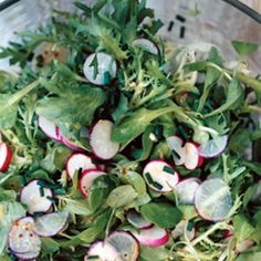 Dressing Spring Salads: How To Make a Basic Vinaigrette
