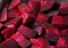 Roasted Beets with garlic and chestnuts. An easy naturally gluten free vegetable side dish. Beetroot Soup, Beetroot Recipes, Vegetable Side Dishes, Vegetable Recipes, Roasted Beets, Pumpkin Soup, Gluten Free Chicken, Gluten Free Recipes