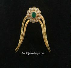 22 Carat gold simple baby vanki with flower pendant studded with cz stones and emerald by Omprakash Jewellers and Pearls. Gold Temple Jewellery, Gold Wedding Jewelry, Gold Jewelry Simple, Gold Rings Jewelry, Jewelry Design Earrings, Gold Earrings Designs, Bridal Jewellery, Simple Necklace, Vanki Designs Jewellery