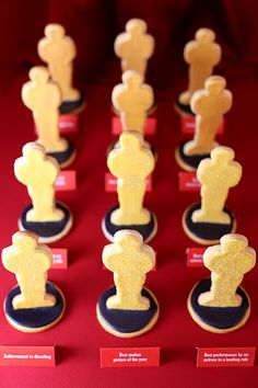 Oscar cookies. I want to make these for an upcoming Oscar party but can't find the cookie cutters!