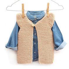 Ravelry: Girly Vest pattern by Marta Porcel Kids Knitting Patterns, Baby Sweater Knitting Pattern, Vest Pattern, Knitting For Kids, Baby Patterns, Free Knitting, Free Pattern, Pull Bebe, Knit Vest