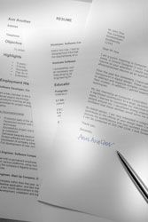 Curriculum Vitae vs Resume - Not The Same Thing - CVTips.com