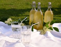 Vodka, Food And Drink, Table Decorations, Drinks, Fitness, Syrup, Alcohol, Drinking, Beverages