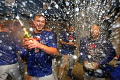 Kris Bryant and Cubs celebrate after winning the NL WIld Card game at PIT , Oct 2015
