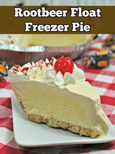 This Rootbeer float freezer pie is so good! I love making root beer floats and turning it into a pie is super tasty. The best part? It is SO easy and it doesn't even go in the oven! Yep, just pop it in the freezer overnight and enjoy.