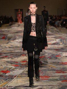 www.alexandermcqueen.com ca alexandermcqueen women look shop_the_look_-_main_collection_-_women_section?lookid=614