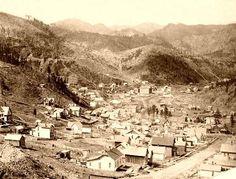 South Dakota - Black Hills & Badland Legends - Credits and contributors Us History, American History, History Photos, Deadwood South Dakota, Old Western Towns, Westerns, Old West Town, Old West Photos, Into The West