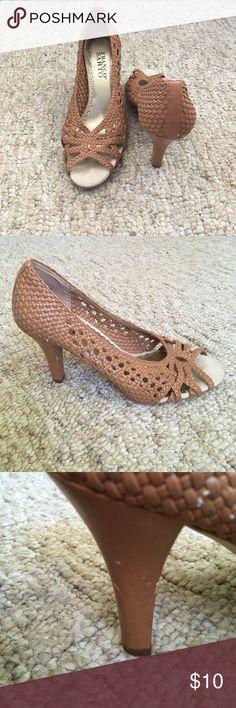 Franco Sarto tan heels Tan Franco Sarto heels size 7 Franco Sarto Shoes Heels