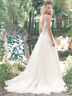 MAGGIE SOTTERO - MODELO SHELBY