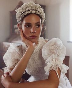 Bridal Looks, Bridal Style, Winter Bride, Beauty Photography, Bridal Collection, Beautiful Bride, Marie, Wedding Hairstyles, Wedding Gowns