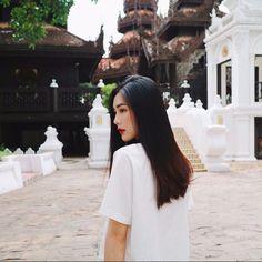 Helly Tong - Những nàng hot girl sở hữu vẻ đẹp cổ điển nữ tính mà con trai kiểu gì cũng mê…