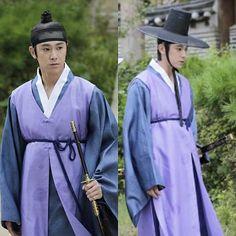 KWAEJA *쾌자* This is #mankoreanclothes In korean 쾌자 (Kwaeja) 출처 : '#야경꾼일지 ' #드라마 #유노윤호 #hanbok #koreaclothes #clothes #kdrama #koreadrama #korea #korean #한복 #koreaactor
