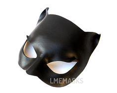 Durchstöbere einzigartige Artikel von LMEmasks auf Etsy, einem weltweiten Marktplatz für handgefertigte, Vintage- und kreative Waren.