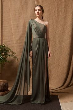 Kaki Green Crepe Georgette One-Shoulder Draped Dress with Side Cape and One-leg . - Kaki Green Crepe Georgette One-Shoulder Draped Dress with Side Cape and One-leg High Slit. Source by nina_hofmeister - Evening Dresses, Prom Dresses, Formal Dresses, Smocked Dresses, Chiffon Dresses, Bridesmaid Gowns, Winter Dresses, Long Dresses, Fantasy Gowns