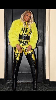 #fur #tzarinabyollia #maryjige #furcoat #furjacket