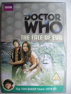 """""""The Face of Evil"""" è un'avventura della quattordicesima stagione della serie classica di """"Doctor Who"""" trasmessa nel 1977 con il Quarto Dottore e Leela. Segue """"The Deadly Assassin"""" ed è composta da quattro parti, scritta da Chris Boucher e diretta da Pennant Roberts. Clicca per leggere una recensione di quest'avventura!"""