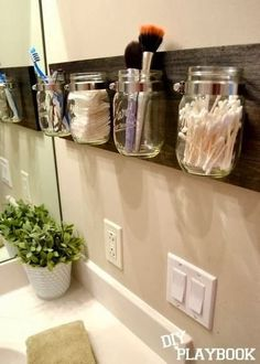 Mason Jar Bathroom Storage.   DIY Mason Jar Projects for Home Decor.