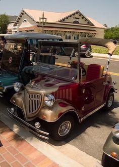 Custom Golf Carts | Cool awesome custom golf carts. | Travis Calleen Hunt | Flickr