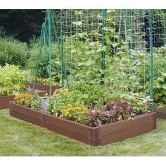 Design a garden layout small vegetable garden layout design yard landscaping designs for yards lawn ideas . design a garden layout Design Patio, Garden Design Plans, Home Design, Backyard Vegetable Gardens, Vegetable Garden Design, Gardening Vegetables, Growing Vegetables, Growing Gardens, Organic Gardening Tips