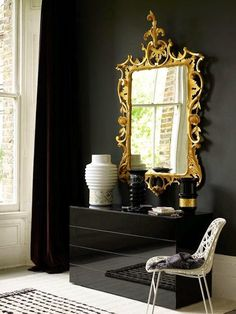 10-Stunning-Golden-Mirrors-Perfect-for-Your-Home-9 10-Stunning-Golden-Mirrors-Perfect-for-Your-Home-9