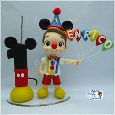 Circo Do Mickey, Bolo Mickey, Mickey Party, Clay Figures, Cake Decorating, Biscuits, Minnie Mouse, Party Favors, Fiesta Mickey