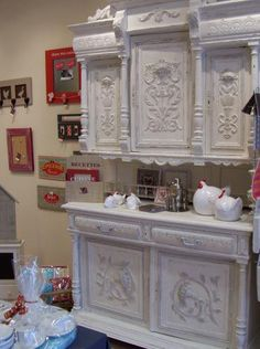 Decor, Shabby Chic, Painted Furniture, Deco, Rustic Furniture, House Interior, Home Renovation, Paint Furniture, Shabby Chic Room
