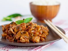 échine de porc, oignon, cidre, farine, fond de volaille, poivre, sel 20 Min, Kung Pao Chicken, Chicken Wings, Meal Planning, Food And Drink, Pork, Appetizers, Cooking, Healthy