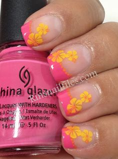 70 Trendy French Manicure With Accent Nail Flower Nailart French Nails, Ongles Gel French, French Manicures, Cute Nails, Pretty Nails, Nail Polish Tattoo, Hawaii Nails, Estilo Tropical, Pedicures