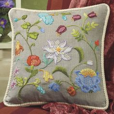 Crewel Embroidery Tutorial Magnolia and Morning Glory Pillow Top - Cross Stitch, Needlepoint, Embroidery Kits – Tools and Supplies Crewel Embroidery Kits, Embroidery Needles, Floral Embroidery, Embroidery Patterns, Machine Embroidery, Embroidery Tattoo, Embroidery Shop, Embroidery Saree, Embroidery Supplies