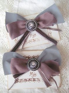 . Two Best Friends, Fabric Scraps, Handicraft, Diy Gifts, Hair Bows, Wedding Gifts, Diy And Crafts, Projects To Try, Sewing