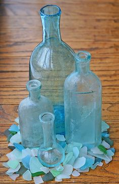 ❤ sea glass bottles and jars. Antique Bottles, Vintage Bottles, Bottles And Jars, Glass Bottles, Antique Glass, Vintage Perfume, Perfume Bottles, Coastal Style, Coastal Living