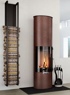 Firewood storage at home - stylish and original solutions for you - Feuerholz - Design Home Fireplace, Fireplace Design, Black Fireplace, Small Fireplace, Fireplace Hearth, Wood Holder For Fireplace, Minimalist Fireplace, Fireplace Glass, Hanging Fireplace