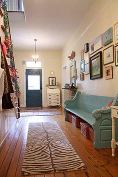 better angle of entry way with church pew and gallery wall Hallway Decorating, Interior Decorating, Interior Design, Church Pew Bench, Church Pews, Old Country Houses, Parents Room, Bench Decor, Entry Hall